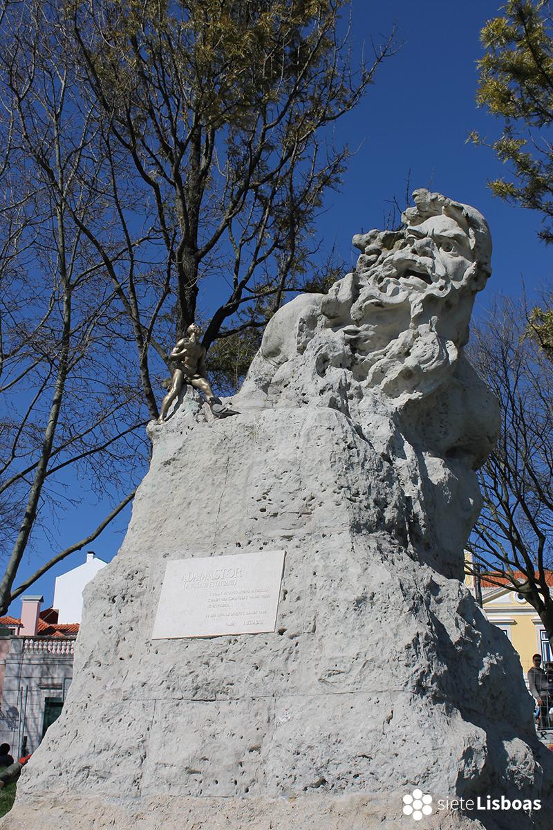 Fotografía de la escultura del Adamastor, tomada por sieteLisboas.
