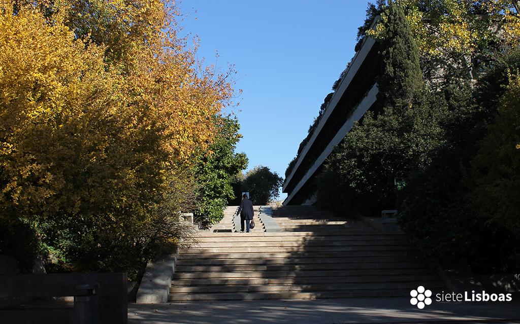 Imagen del exterior de la Fundación Gulbenkian, tomada por sieteLisboas.