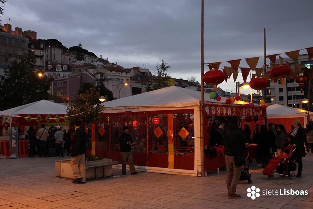 Praça de Martim Moniz, al pie de la Mouraria, durante la celebración del Año Nuevo Chino, en 2014. Fotografía de sieteLisboas.