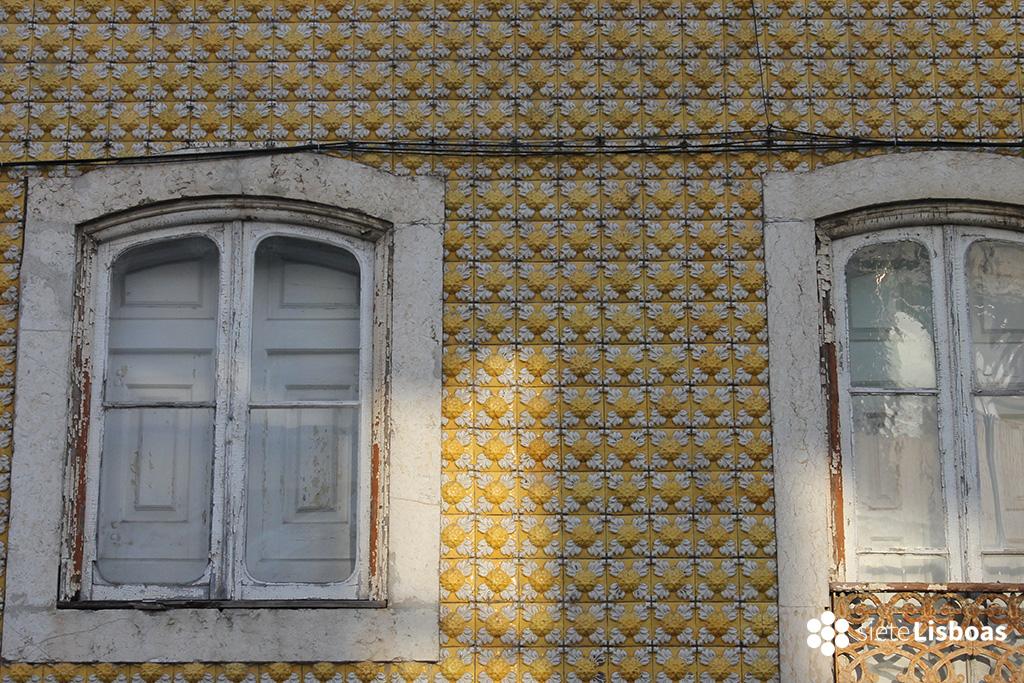 Breve historia del azulejo en portugal sietelisboas - Fachadas con azulejo ...