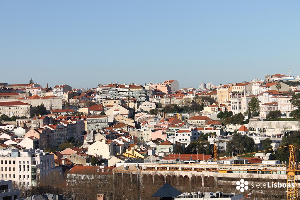 Fotografía del 'Bairro de São José' tomada desde el 'Miradouro de São Pedro de Alcântara', por sieteLisboas.