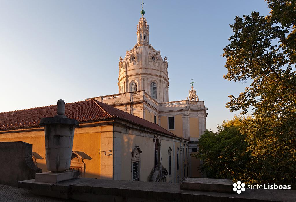 Imagen de la 'Basílica da Estrela' al atardecer, tomada por el fotógrafo Diego Opazo, cedida a sieteLisboas.