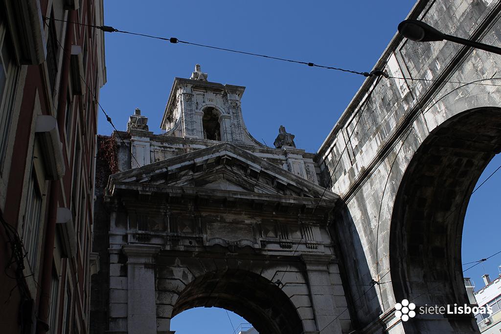 Fotografía del 'Arco das Amoreiras' tomada por sieteLisboas.