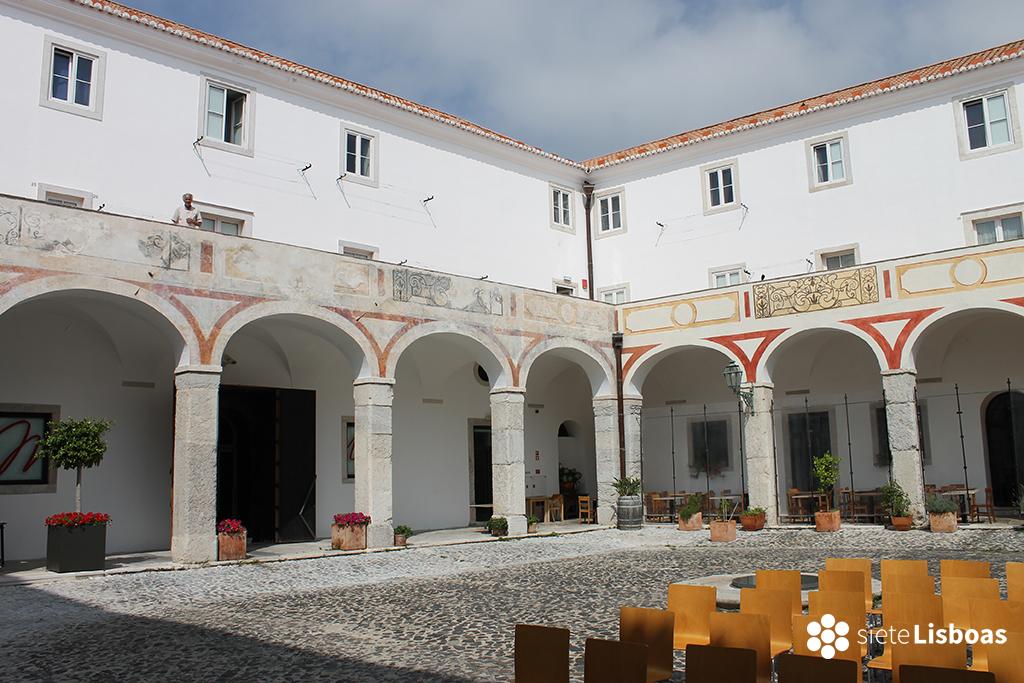 Fotografía del claustro del 'Convento das Bernardas do Mocambo' tomada por sieteLisboas.