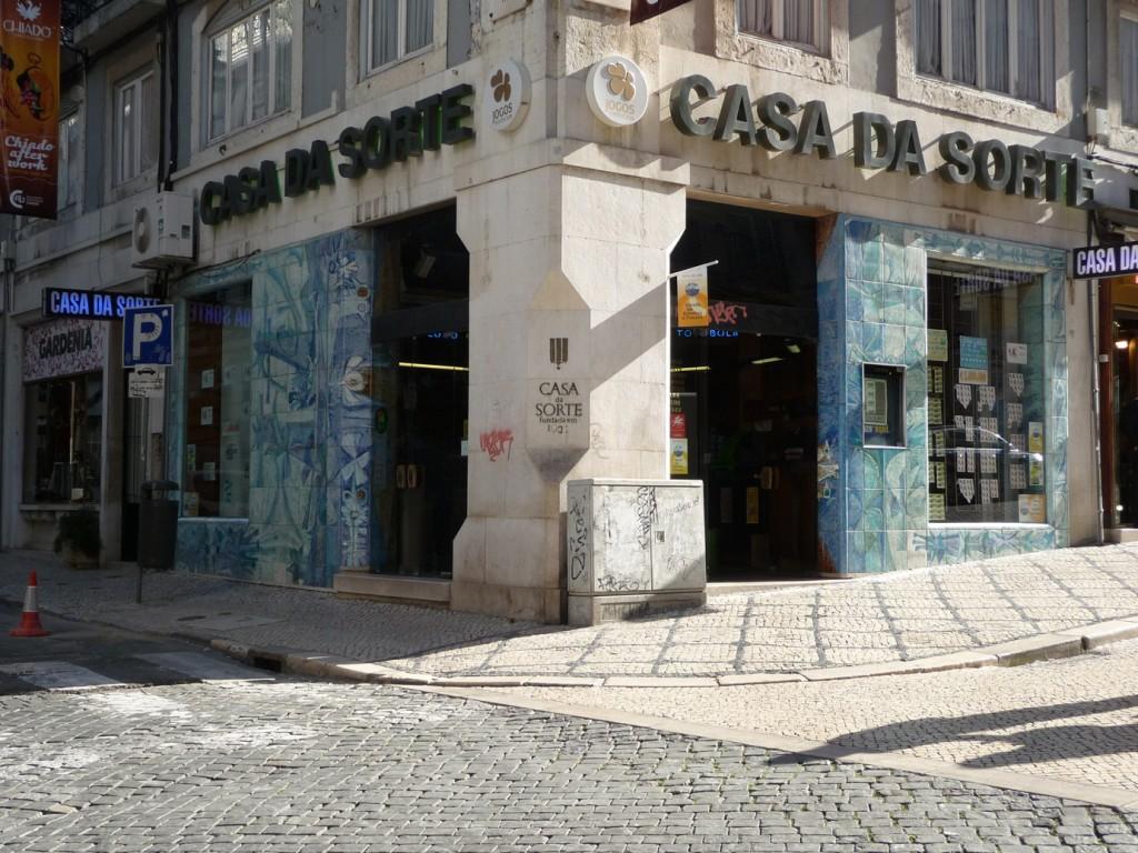 Fotografía de los azulejos de la 'Casa da Sorte' (obra de Querubin Lapa), tomada por Ana Almeida y cedida a sieteLisboas.