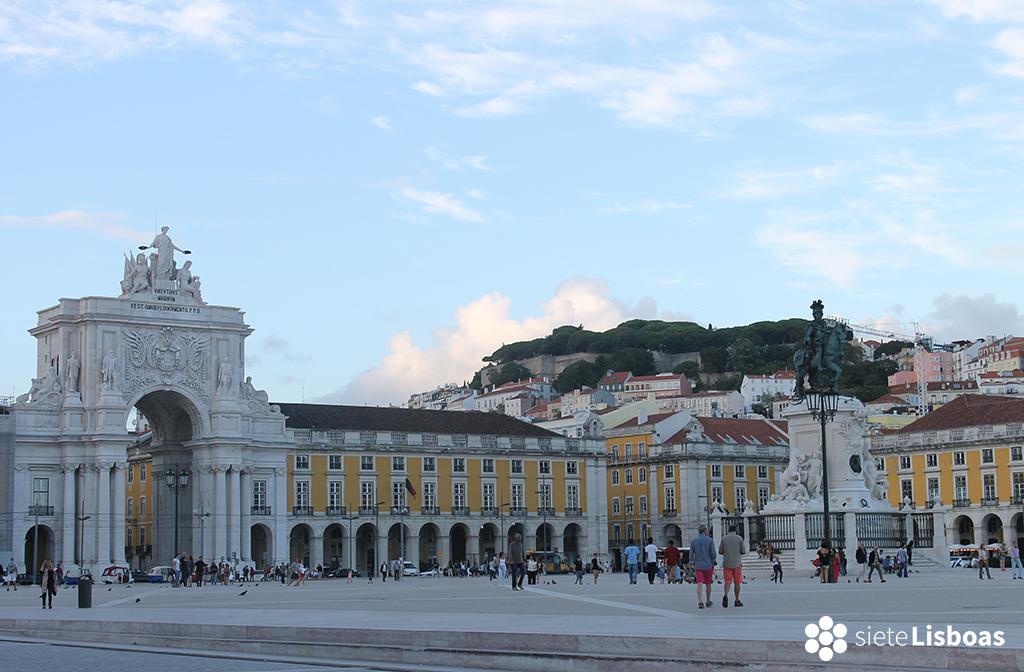 Fotografía tomada desde el suroeste de la Plaza del Comercio por sieteLisboas.