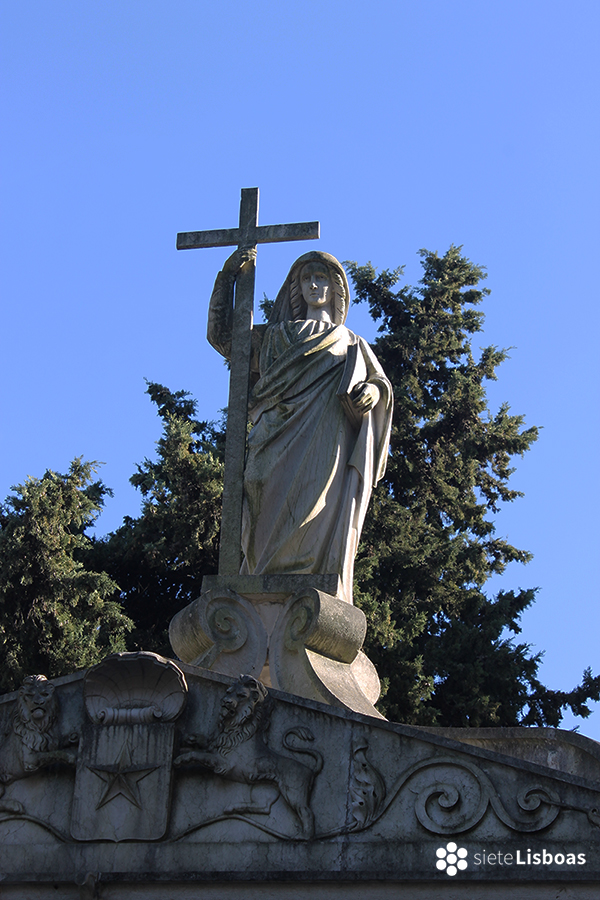 Fotografía tomada en el 'Cemitério dos Prazeres' por sieteLisboas.